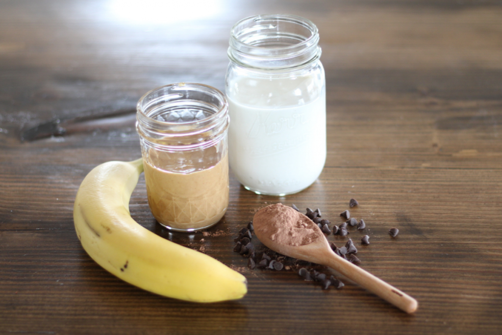 ingredients for chocolate peanut butter smoothie